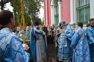 2016-09-21-rozhdestvo-bogorodicy-arxierejskaya-130